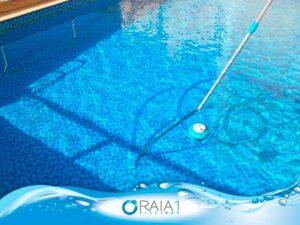 como aspirar a piscina