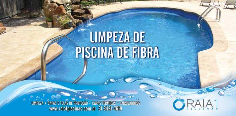 como-limpar-piscina-de-fibra